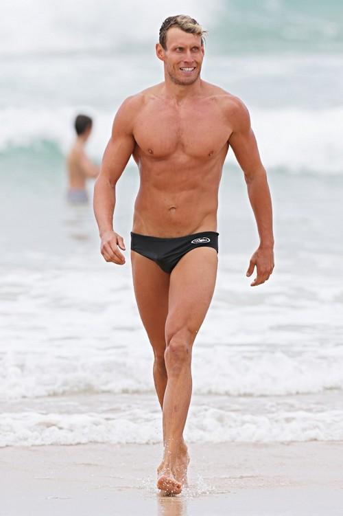 Angelina Jolie Flirts with Hot New Trainer Luke Hines in Australia - Brad Pitt Jealous and Angry