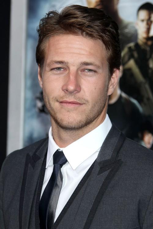 Selena Gomez Ex-Boyfriend Luke Bracey Tops Fifty Shades Of Grey Movie List For Christian Grey
