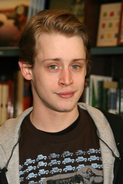 Report: Macauley Culkin Addicted To Heroin; Friends Worry He'll Die Soon 0801
