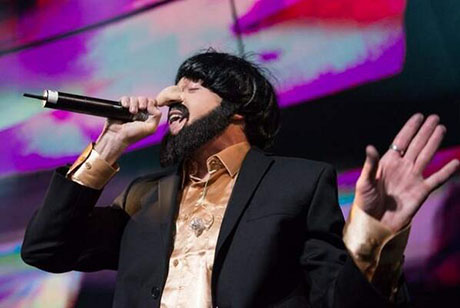Macklemore's Anti-Semitic Offensive Jewish Caricature Costume With Racist Nazi Overtones - Denies He Did Anything Wrong!