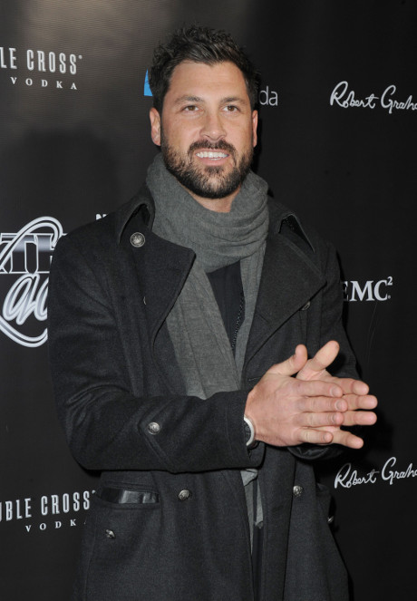 Maksim Chmerkovskiy Set To Return To Dancing With The Stars Season 18 As A Dancing Pro!