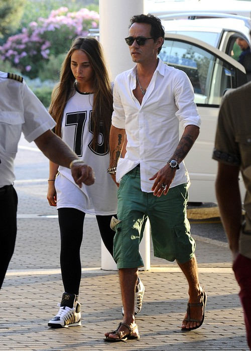 Marc Anthony Breaks Up With 22-Year-Old Girlfriend, Chloe Green: Couple Split After Year Of Dating