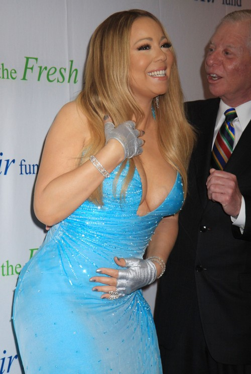 Nick Cannon Thinks Mariah Carey is Getting Old and Fat - Dresses Like A Hot Mess? (PHOTOS)