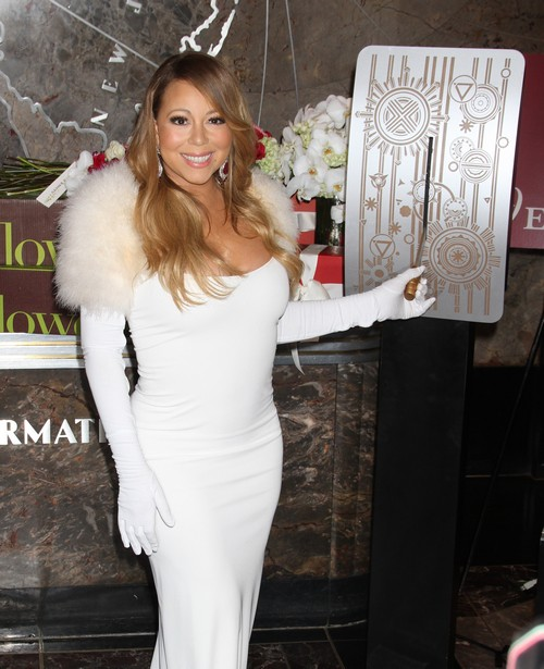 Mariah Carey and Nick Cannon Going To the Moon To Renew Vows