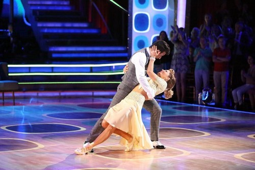 Mark Ballas Missing Dancing With The Stars Finale - Injured During Rehearsal - Candace Cameron Bure in Trouble