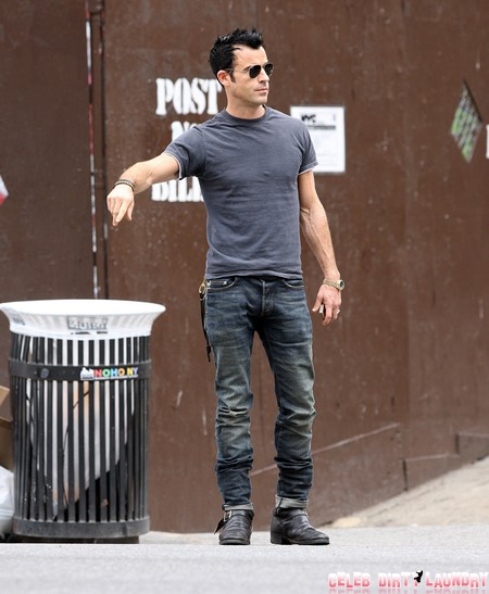 Jennifer Aniston Offers Millions Of Dollars To Marry Justin Theroux