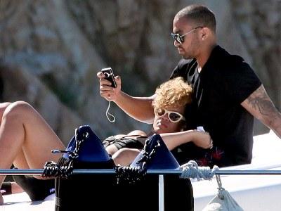 Rihanna & Matt Kemp Split!