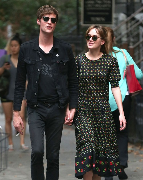 Dakota Johnson Shows Off New Boyfriend Matthew Hitt as 'Fifty Shades Of Grey' Trailer Released (Photos-Video)