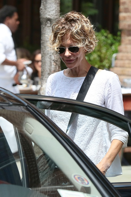 Meg Ryan And John Mellencamp Break Up: Long Distance Not An Option In John's Book!