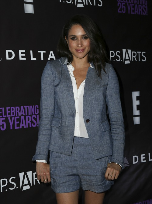 Meghan Markle Cleavage
