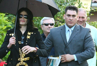 Michael Jackson's Bodyguard to Testify Dr. Murray Ordered Him to Tamper With Evidence