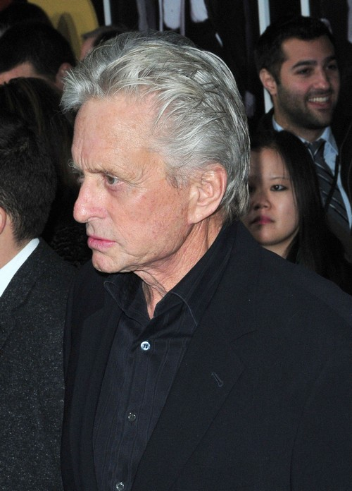 Michael Douglas Apologizes To Catrherine Zeta-Jones For Blaming His Cancer On Oral Sex