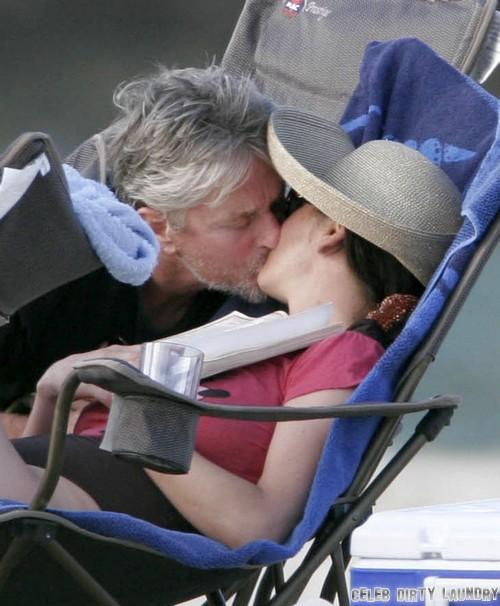 Michael Douglas and Catherine Zeta-Jones Make Up and Separation Over: Both Still Wearing Wedding Rings