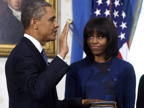 Michelle Obama Dishes On Her New Bangs and Lance Armstrong On ET First (Video)