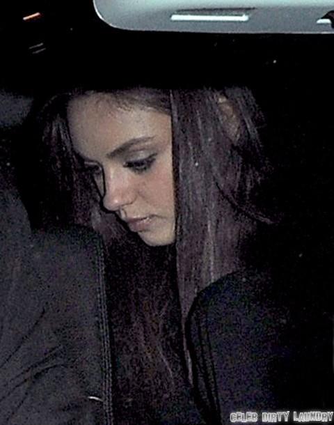 Mila Kunis And Ashton Kutcher Head To Scotts Restaurant In London