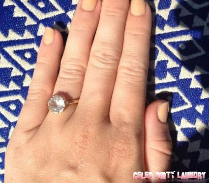Miley Cyrus Has A New Giant Diamond Ring: Are Her And Liam Hemsworth Engaged To Get Hitched (Photo)?