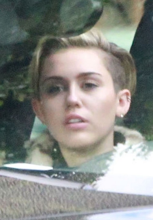 Miley Cyrus Caught Hooking Up with Benji Madden - Enjoys a Sexy Sleepover: Downgrade After Liam Hemsworth?!
