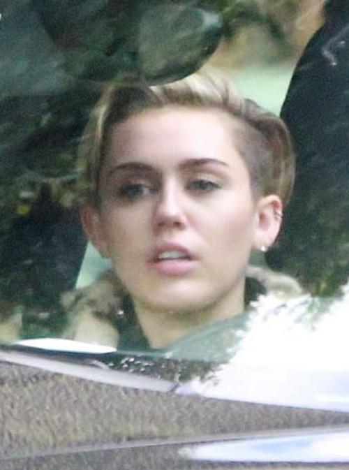 Miley Cyrus Rejected By Lamar Odom: Afraid Khloe Kardashian Suspects Cheating