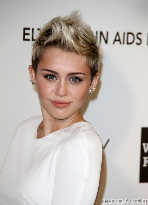 Miley Cyrus Calls Off Wedding Over Liam Hemsworth Cheating Scandal – Behaving Like A Single