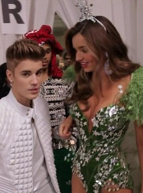 Miranda Kerr's 'Dirty' Texts To Justin Bieber Led To Orlando Bloom Separation?