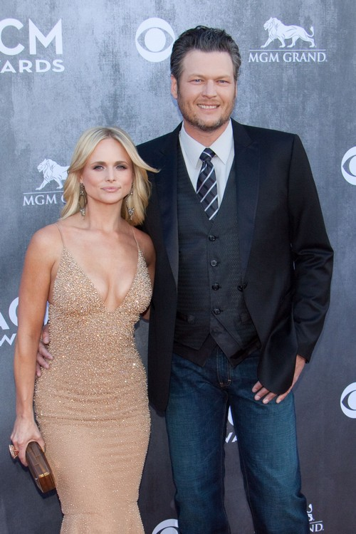 Miranda Lambert and Blake Shelton Split and Divorce Loom - Miranda Stops Touring Due To Marriage Trouble