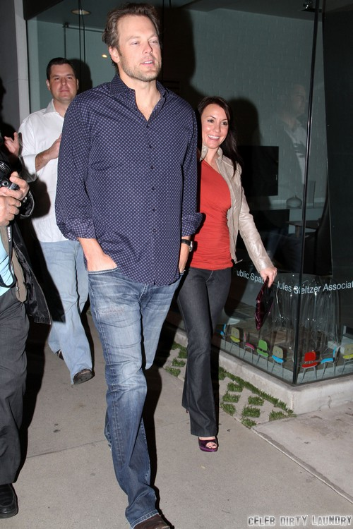 Miranda Lambert Walks Out On Blake Shelton - Divorce On The Way?