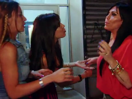 "Mob Wives: New Blood Natalie Guicero Slams Renee Graziano With ""Delicious"" Music Video"
