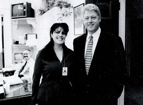 Hillary Clinton Tells Huma Abedin To Divorce Anthony Weiner - Report