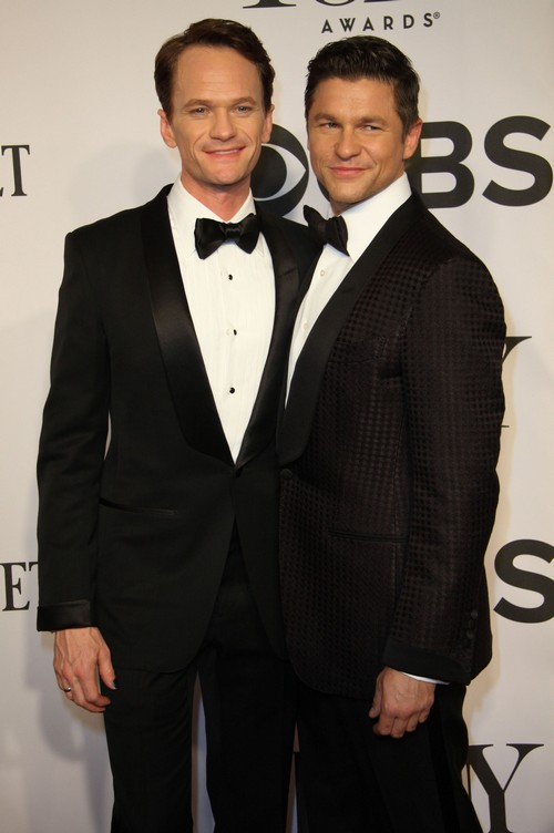 Neil Patrick Harris and David Burtka Divorce Rumors: Neil Quit Hedwig Play Because David Jealous