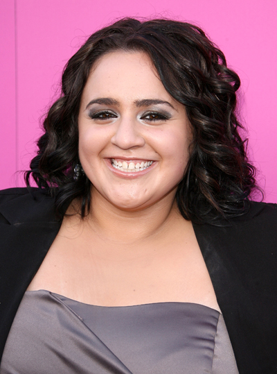 39 hairspray 39 star nikki blonsky is not embarrased to be for Adiva beauty salon
