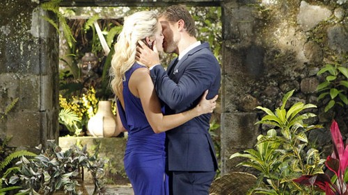 Juan Pablo Gay: That's Why The Bachelor Didn't Propose To Nikki Ferrell - Report