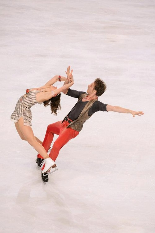 Nathalie Pechalat and Fabian Bourzat Dance Their Way to the Top of the Podium