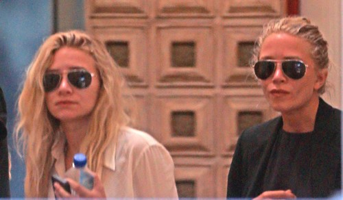 Jessica Simpson Hated By Olsen Twins Mary Kate and Ashley - Mall Fashion Wars?