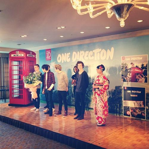 One Direction Embarrassed: Fail Japanese Fans And Vow To Take Langage Lessons