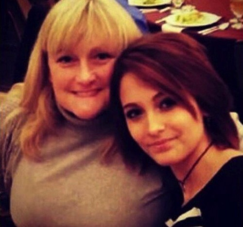 Paris Jackson Fears Morbidly Obese Debbie Rowe Will Die Like Her Dad, Michael Jackson, If She Doesn't Lose Weight (PHOTOS)