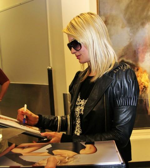 "Paris Hilton Is A Hit On Danish TV's ""Paradise Hotel"" - (VIDEO)"
