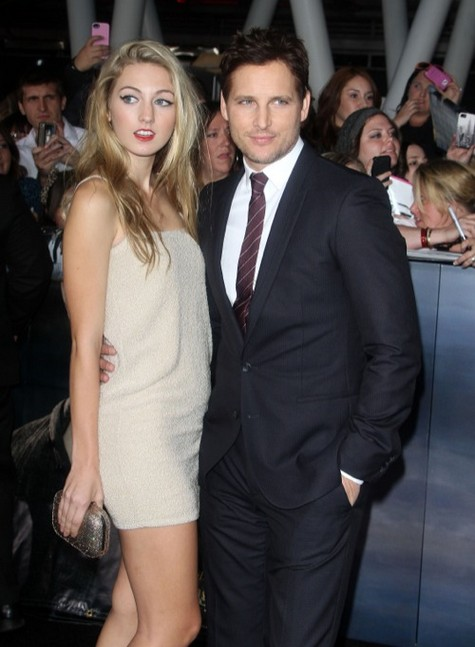 http://celebbabylaundry.com/2012/11/peter-facinelli-takes-daughter-luca-to-the-twilight-saga-breaking-dawn-2-premiere/