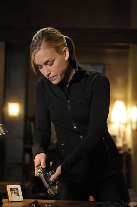 CDL Giveaway: Amazing Covert Affairs Prize Pack -- Plus, Covert Affairs Season 3 Spoilers!