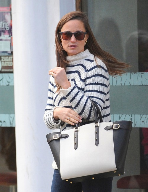 Pippa Middleton Fired by Viking Press: Blames Kate, Prince William and Queen Elizabeth