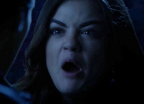 """Pretty Little Liars Fans Not Happy With Episode 4.20 """"Free Fall"""" Reveal – Ezra Twist Was A Cop Out"""