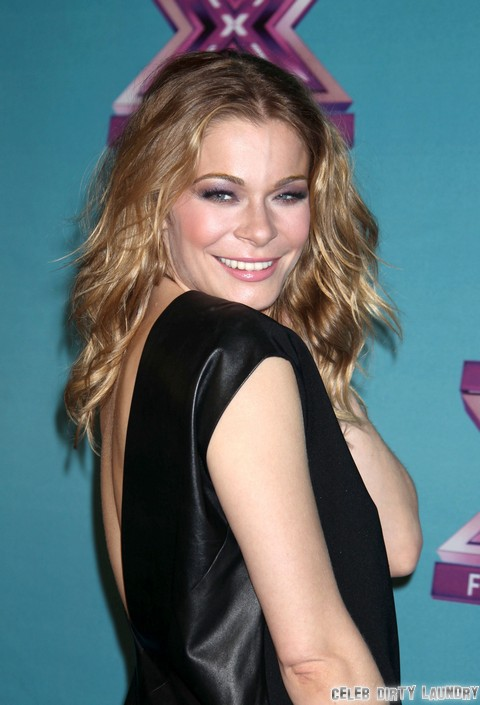 Pregnant LeAnn Rimes Cuts Alcohol, Gains Weight For Healthy Baby - Report
