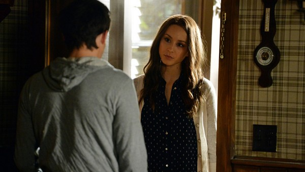 "Pretty Little Liars Live Detailed Recap and Review - Season 5 Episode 9 ""March of Crimes"""