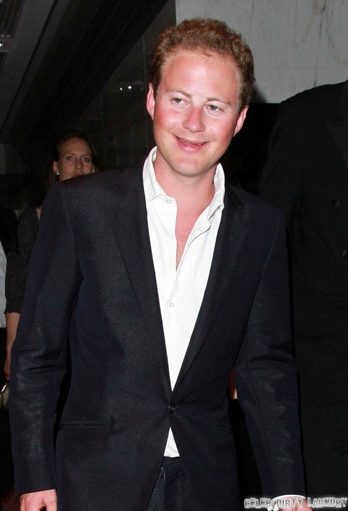 Prince George's Godfather Guy Pelly Releases Lesbian Sex Video - Kate Middleton and Queen Elizabeth Shocked