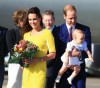 prince_george_kate_middleton_prince_william_australia_tour-11