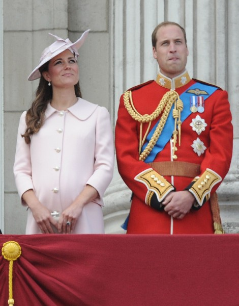 Prince William Trying To Miss Royal Birth? Real Reason He's Staying Away From Kate Middleton 0701