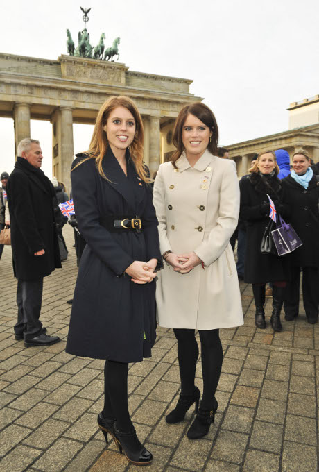 Pregnant Kate Middleton Replaced By Prince William's Cousins Princesses Beatrice and Eugenie? (Photos)