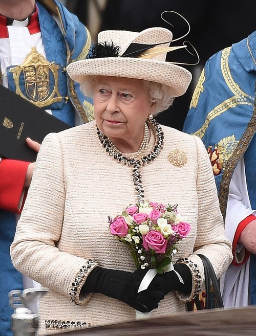 Queen Elizabeth Insists Kate Middleton Return to Work Six Weeks After Giving Birth to Attend Birthday Parade?