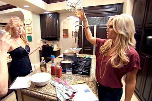 "The Real Housewives of Orange County RECAP 4/28/14: Season 9 Episode 3 ""Fakes-Giving, Fake Friends"""