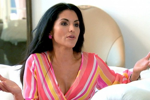 "The Real Housewives Of Beverly Hills RECAP 1/6/14: Season 4 Episode 10 ""Catfight On The Catwalk"""