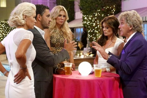 """The Real Housewives Of Beverly Hills RECAP 3/10/14: Season 4 Episode 19 """"Are You My Friend?"""""""